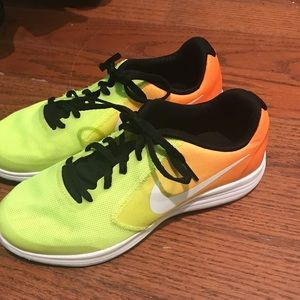 Nike Revolution 3 athletic shoes youth size 5.5